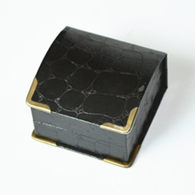Curve Shape Unique Black Paper Velvet Lining Ring Jewelry box with Matal